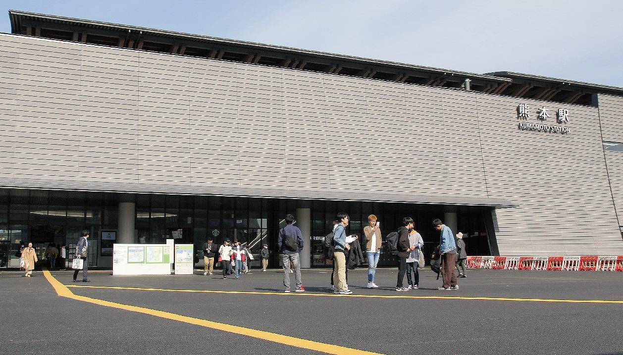 """【グラビア】新熊本駅舎完成、""""空間""""広々と・・・県など"""