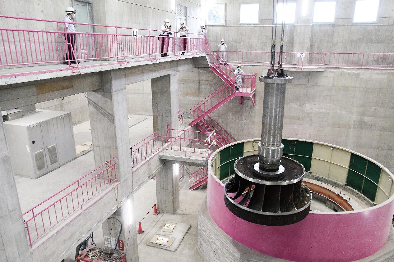 【グラビア】40 億円かけ水力発電機を全面更新・・・県企業局